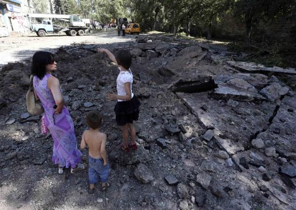 Обстрелы Донецка не пройдут незамеченными  Donetsk01_070814