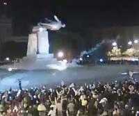 В Сети появилась видеозапись, представленная, как «кровавая месть за памятник Ленину в Харькове»