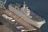 Франция «сдвинула вправо» сроки поставки России первого «Мистраля»