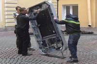 Из-за гомосексуализма Кука в Санкт-Петербурге хотят публично уничтожить памятник Джобсу
