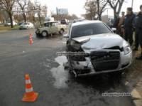 В суровом Николаеве Audi A6 буквально уничтожил скромную «шестерку». Увы, жертв избежать не удалось