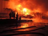 На Шулявке в Киеве несколько часов бушевала огненная стихия
