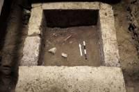 В Греции нашли гробницу, в которой похоронен возможный любовник Александра Македонского