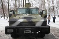 Под Киевом испытали новые украинские броневики