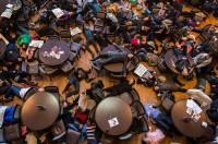 США охватили невероятные флешмобы против полицейского беспредела в Фергюсоне