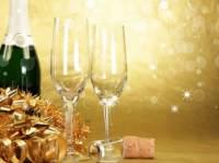 В этом году столичным ресторанам не удастся нагреть руки на новогодних праздниках. Киевляне не особо туда рвутся