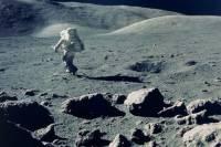 Ученые решили пробурить на Луне канал в 100 метров