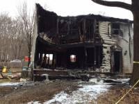 В США самолет рухнул прямо на жилой дом