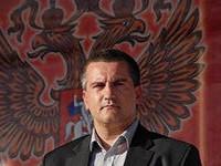 Прибившийся к Путину Аксенов приехал в Индию канючить продукты питания для Крыма