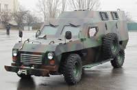 Черкасские автомобилестроители представили легкий бронеавтомобиль «Барс» для Нацгвардии