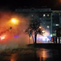 Минувшей ночью центр Киева превратился в кипящий котел