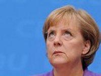 Меркель считает, что санкции с России снимать пока не стоит
