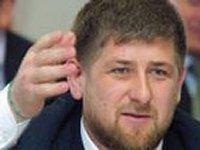Кадыров считает, что Путин его поддержал в поджогах домов родственников террористов и готов «выполнить любой его приказ»