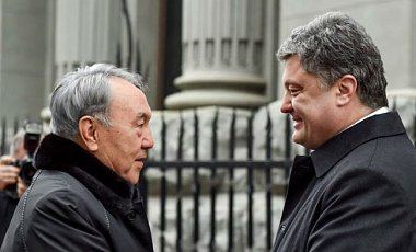 Назарбаев призывает Россию сохранить территориальную целостность Украины