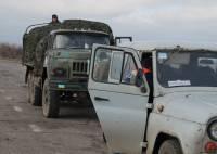 Солдаты ВСУ пытаются восстановить разрушенную инфраструктуру Луганщины