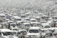 Аэропорт «Запорожье» не работает, в городе снегопад парализовал движение