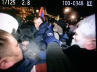В Москве - Русский Майдан?  Митинг, драка, титушки, ОМОН теснит сторонников оппозиционера Навального