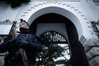 В пригороде Парижа захвачены заложники