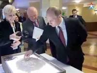 Путин в очередной раз блеснул своими «художественными навыками»