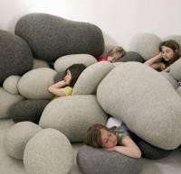 Если за создание обыкновенных подушек берутся креативные люди — получается нечто подобное