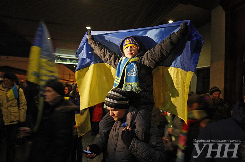 ФОТО: Киевляне встречают героев, воевавших под Дебальцево
