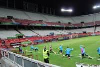 «Хорошее поле. Мяч катается»... Игроки сборной Украины опробовали поле битвы с Испанией