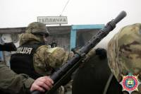 В селах под Мариуполем объявлена охота на мародеров и диверсантов