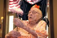 Самая старая жительница Земли пригласила Обаму на день рождения