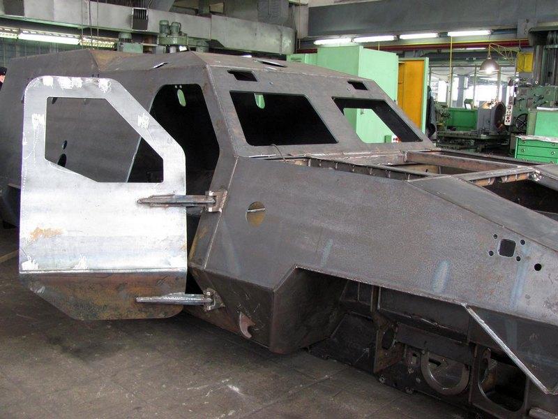 ФОТО: Броневики Львовского бронетанкового завода для АТО