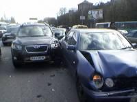 В Киеве в «паровозик» сыграли сразу пять машин
