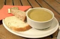 Луганским преподавателям решили выделить по тарелке супа в день. Правда, домой его носить запрещено