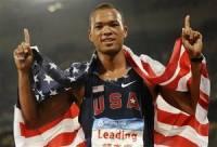 Олимпийский чемпион вырвал дочурке зуб с помощью своего копья