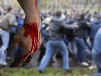 В Сети появилось видео вчерашнего побоища на Осокорках, в ходе которого пострадали 15 милиционеров и неизвестное количество активистов