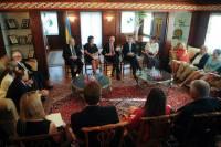 Яценюк отчитался о своей встрече с украинской диаспорой в США