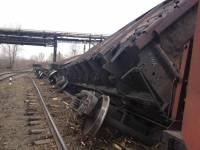 Железнодорожная катастрофа в Кривом Роге: перевернулись вагоны с железорудным концентратом