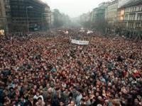 В Афинах начались массовые демонстрации в поддержку «тройки» кредиторов