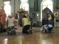 В Симферополе люди молятся за Украину