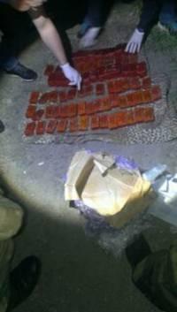 На Донбассе задержали военного, который пытался торговать взрывчаткой
