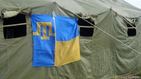 Блокада Крыма: На «Чонгаре» установили палаточный городок