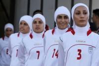 Восемь человек из женской сборной Ирана по футболу оказались... мужчинами