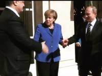Ну «зрада» же. Порошенко снова пожал руку Путина