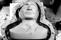 Российский дизайнер стесал Путину половину черепа, чтобы сделать колонки