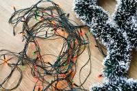 В Великобритании открылась вакансия... распутывателя новогодних гирлянд
