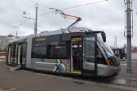 В Киев на испытания прибыл новомодный трамвай из Львова