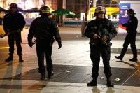 Французские власти насчитали одновременно 6-7 терактов, совершенных в Париже. Есть мнение, что это месть ИГИЛ
