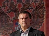 Аксенов призвал крымчан ждать, пока будет построена «первая линия энергомоста через Керченский пролив»