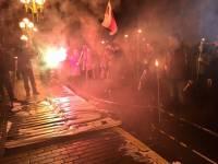Активисты устроили факельное шествие к ГПУ и МВД
