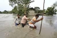В Индии сильнейшее за последние 100 лет наводнение. Погибли более 300 человек