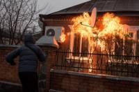 На Харьковщине коктейлями Молотова забросали дома полицейских