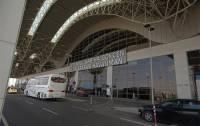 Скончалась одна из пострадавших при взрыве в стамбульском аэропорту